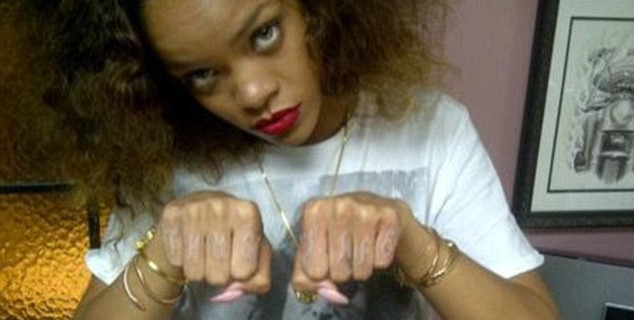 Rihanna showing off new tattoo