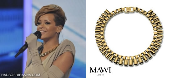 Rihanna in Mawi Sun -ray tube necklace