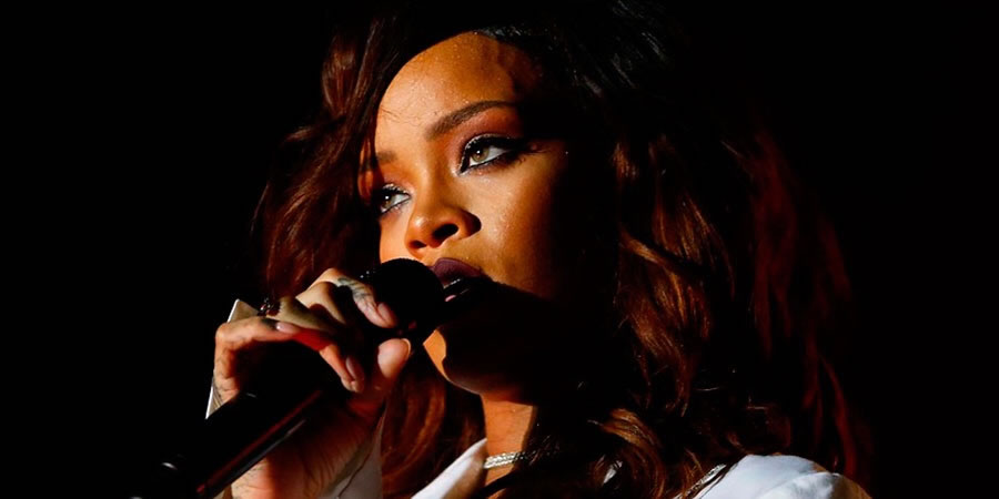 Rihanna performing in Chile